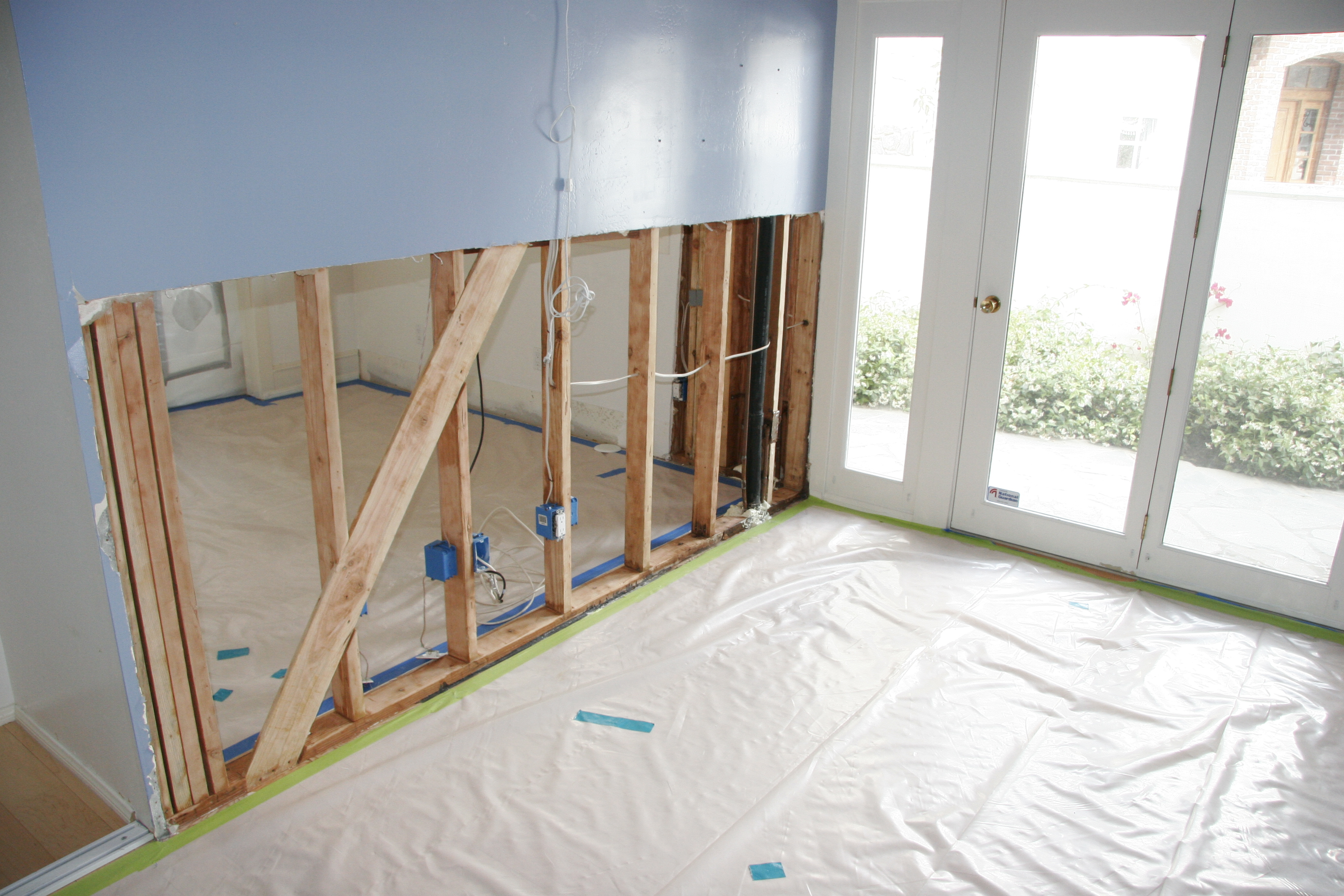 Mold Removal in Orange County CA | Gregory Restoration